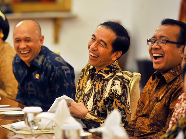 74jokowi-indonesia-bubar.jpg
