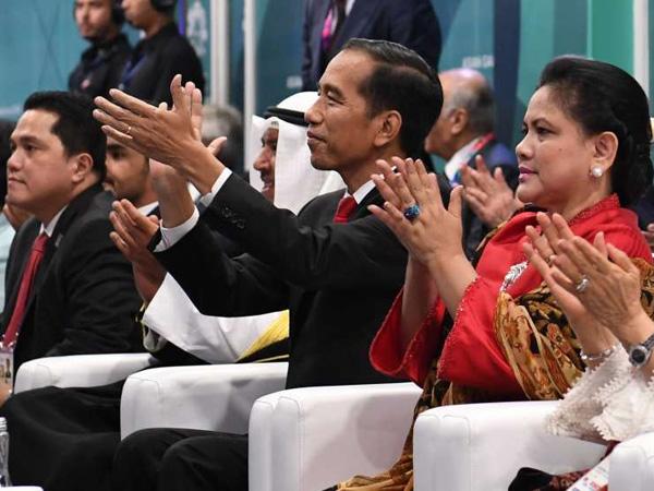 'Goyang Dayung' Presiden Jokowi Saat Via Vallen Tampil di Pembukaan #AsianGames2018 Jadi Sorotan