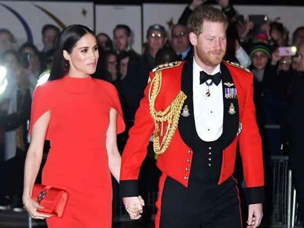 Pangeran Harry-Meghan Markle Bakal Rilis Buku Biografi, Kerajaan Inggris Khawatir
