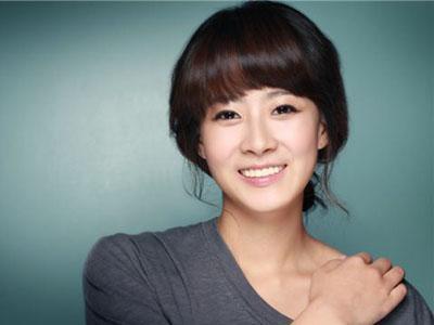 Aktris Ryu Hyun Kyung Hampir Debut Sebagai Rapper YG Entertainment?