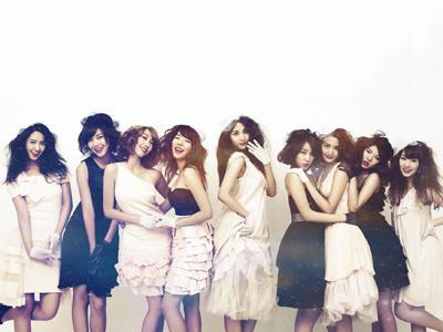 SNSD Rayakan Comeback dengan Berpesta dan Berfoto Untuk Fans