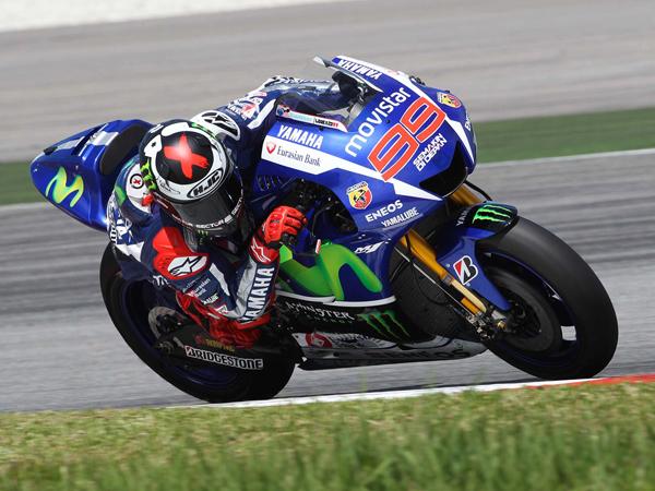 Karena Insiden Rossi-Marrquez, Yamaha Dirumorkan akan Putus Kontrak Lorenzo