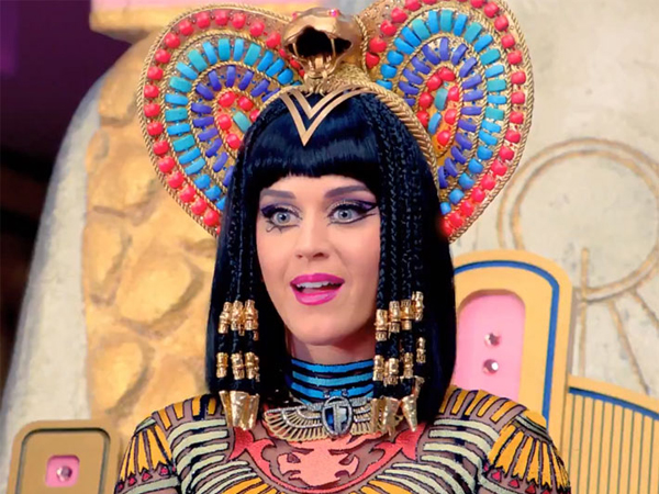 Video Musik Kontroversial Katy Perry Pecahkan Rekor di YouTube!