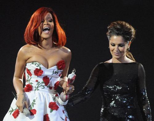 Rihanna dan Cheryl Cole Bakal Kolaborasi