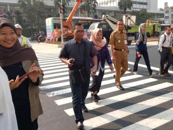 Uji Coba 'Pelican Crossing' di Kawasan MH Thamrin, Anies : Kalau Enggak Cocok, Ya Sudah
