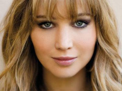 Wow! Ternyata Jennifer Lawrence Pakai Gaun Designer Indonesia