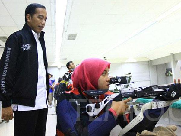 Jokowi Tinjau Latihan Atlet Asian Para Games 2018