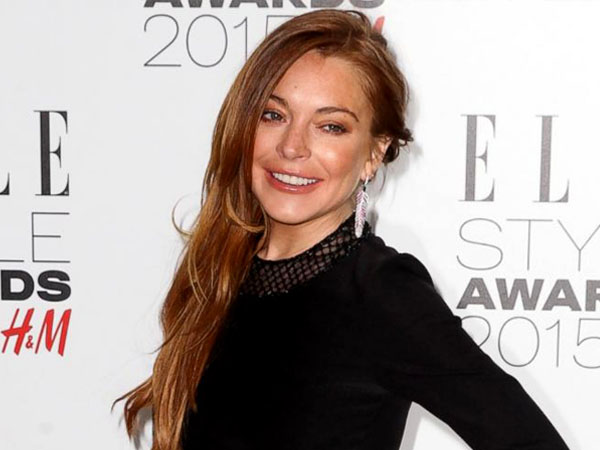 Ludahi Pelanggan dan Lecehkan Pelayan, Lindsay Lohan Diusir Paksa dari Klub!