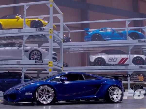 Dari Sangar Hingga Eksotis, Puluhan Mobil Mewah Siap Beraksi di 'Fast & Furious 8'!