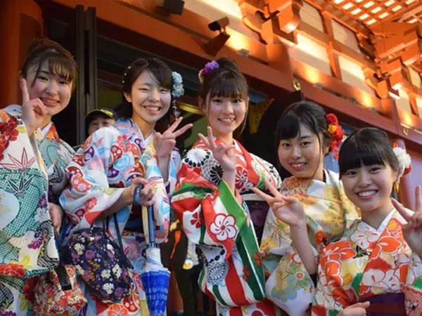 Fenomena Resesi Atau Turunnya Hasrat Seks yang Berdampak Meningkatnya Jumlah Perawan-Perjaka Jepang