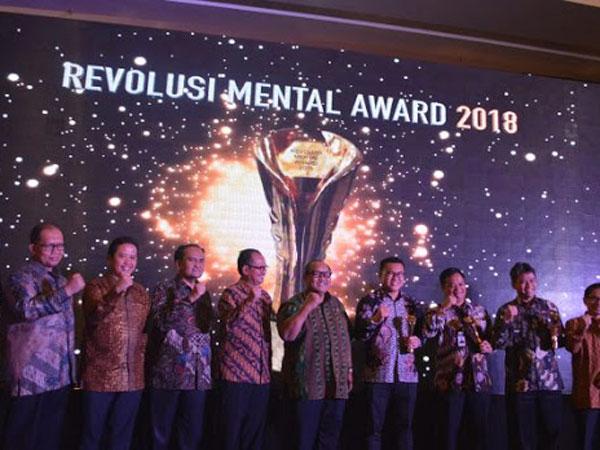 Miris! Ketika Peraih 'Revolusi Mental Award' Justru Jadi Tersangka Korupsi KPK