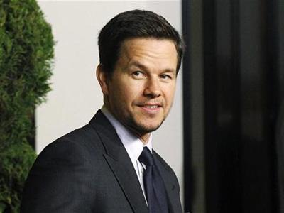 Mark Wahlberg Gantikan Shia Labeouf di Transformers 4