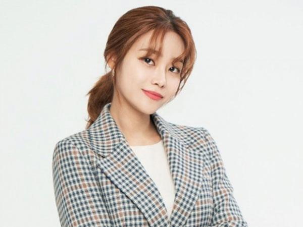 Yuna AOA Tulis Surat Usai Tinggalkan FNC Entertainment