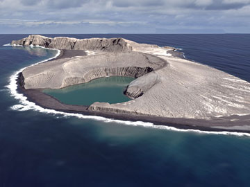 Pulau Ini Muncul Secara Misterius dengan Temuan Unik dari NASA