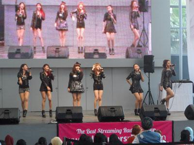 Walau Hujan Melanda, Speedy Dance Mania K-Pop Malah Semakin Hot!