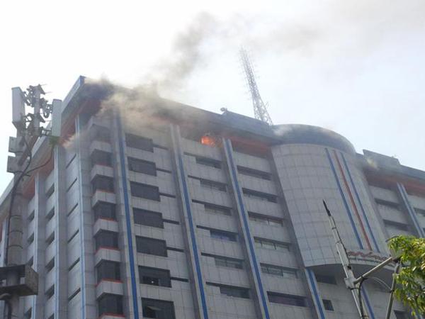 Lantai 14 Gedung Sarinah Terbakar, Api Berasal dari Tempat Karaoke Milik Ahmad Dhani