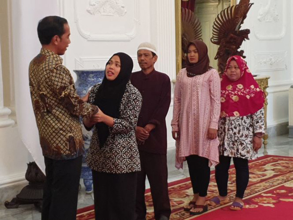 Lakukan Pertemuan Tertutup dengan Siti Aisyah di Istana, Ini Pesan Presiden Jokowi