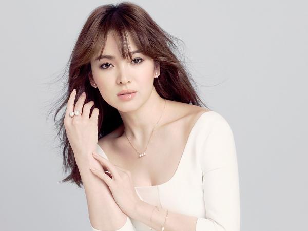 Masih Gunakan Fotonya Meski Kontrak Habis, Song Hye Kyo Tuntut Brand Perhiasan