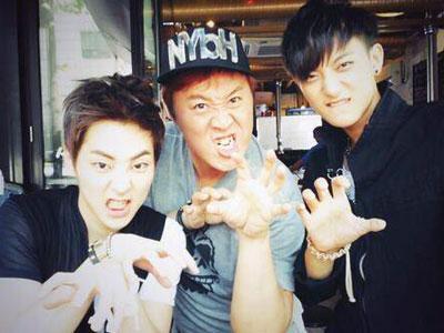 Xiumin & Tao EXO Puas Makanan Banyak Dalam Shik Shin Road