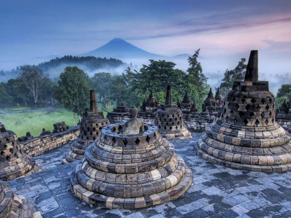 Keren, Tiga Ikon Wisata Indonesia Ini Jadi Yang Pertama Diverifikasi Twitter!