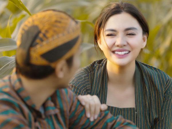 So Sweet, Video Romantis Vicky Shu dan Suami Sukses Bikin Baper