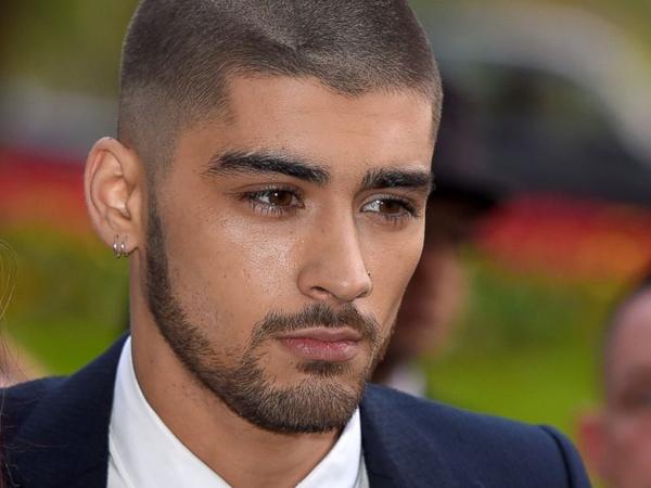 Simon Cowell Ajak Zayn Malik Jadi Juri X Factor UK 2015