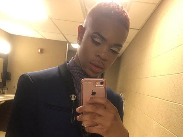 Curhatan Viral Pria yang 'Ditolak' Gunakan Makeup Oleh Ibunya