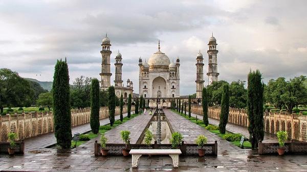Taj Mahal Ternyata Punya Kembaran!