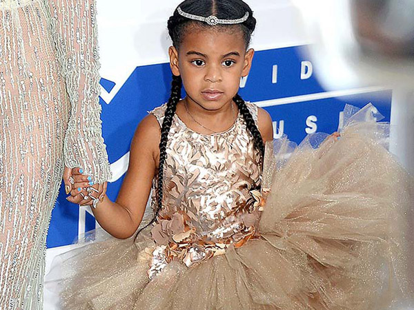 Saingi Sang Ibu, Blue Ivy Tampil Cantik dengan Gaun 145 Juta di MTV Video Music Awards