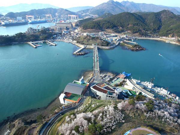 Tur Changwon Tawarkan 'Istirahat' dari Teriknya Musim Panas Korea Selatan