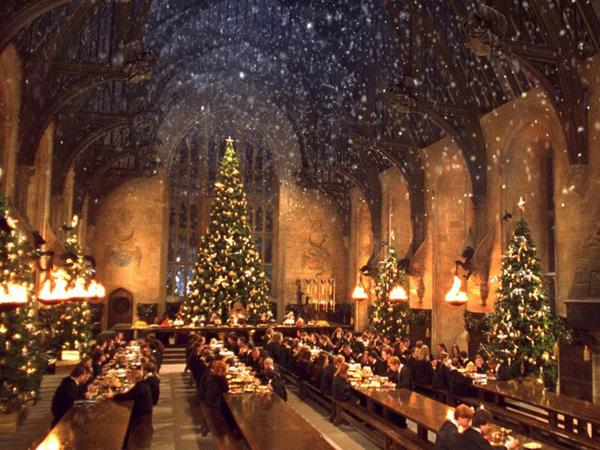 Sekarang Fans Bisa Jalan-Jalan Sambil Nikmati Christmas Dinner Ala Hogwarts!