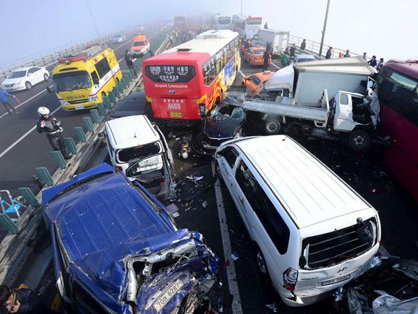Ternyata Anak Muda dan Orang Tua Korea Selatan Sebabkan Kecelakaan Yang Berbeda