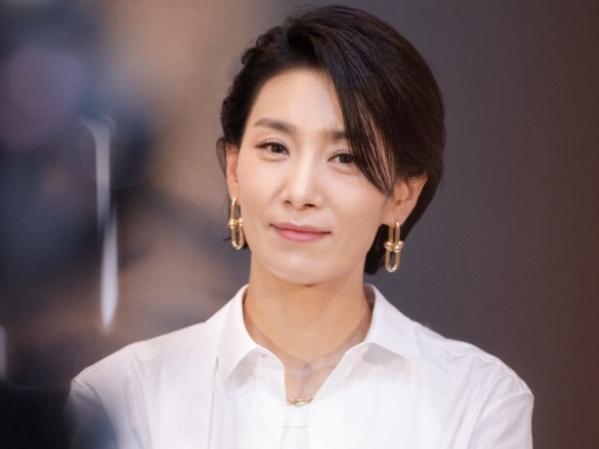 Kim Seo Hyung Ungkap Kesan Perankan Karakter Lesbian di Drama 'Mine'