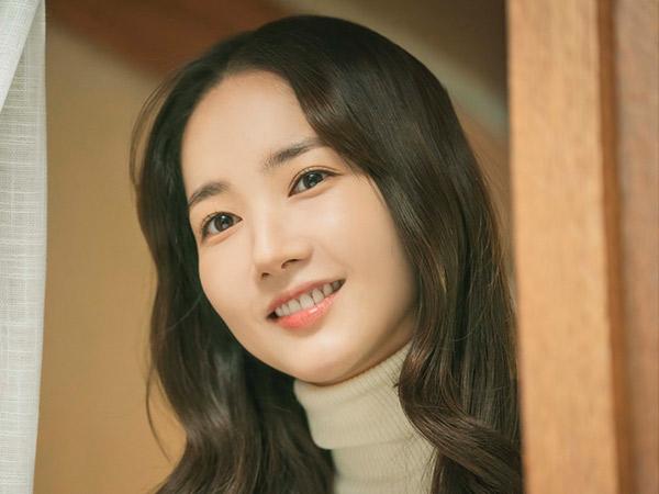 Potret Manis Park Min Young di Drama Terbaru JTBC Bareng Seo Kang Joon