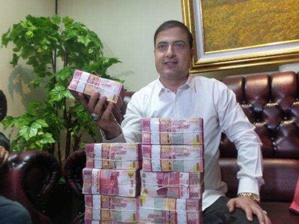 Siapa Sam Aliano, Warga Naturalisasi yang 'Promo' Nyapres 2019 dan Siap Lunasi Hutang Indonesia?