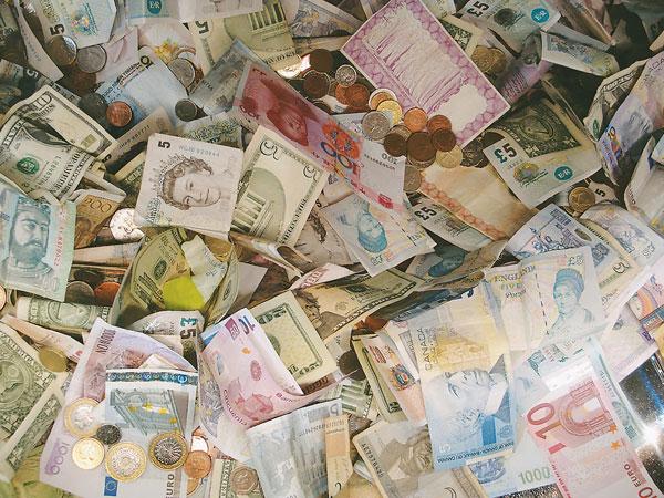 Bukan Dolar atau Pounds, Ini Mata Uang Paling Bernilai Tinggi di Dunia