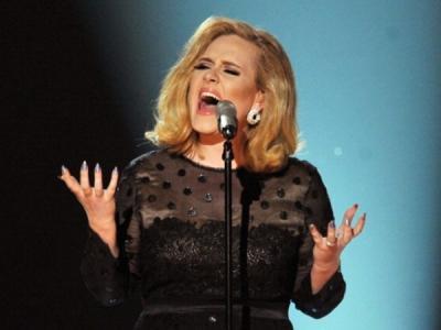 Wah, Adele Bocorkan Cuplikan Lagu Skyfall