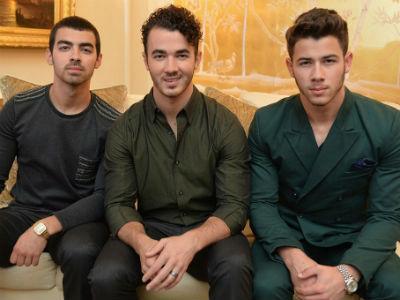 Ini Alasan Dibalik Bubarnya Jonas Brothers!