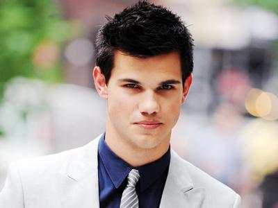 Wow, Taylor Lautner Perankan Tokoh Bintang Porno!