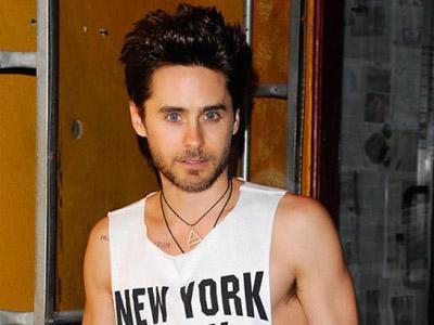 Hiii, Jared Leto Pernah Dikirimi Potongan Telinga Manusia Oleh Fans!