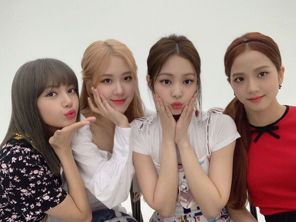 BLACKPINK Akan Tampil di 'The Late Late Show With James Corden'
