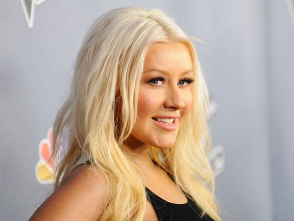 Ini Dia Nama Anak Perempuan Christina Aguilera