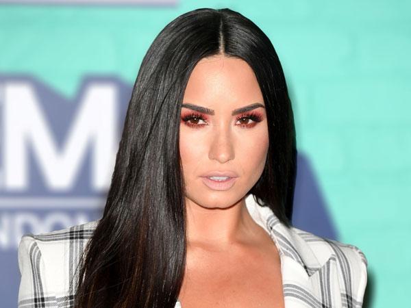Ditemukan Overdosis, Demi Lovato Dilarikan ke Rumah Sakit!