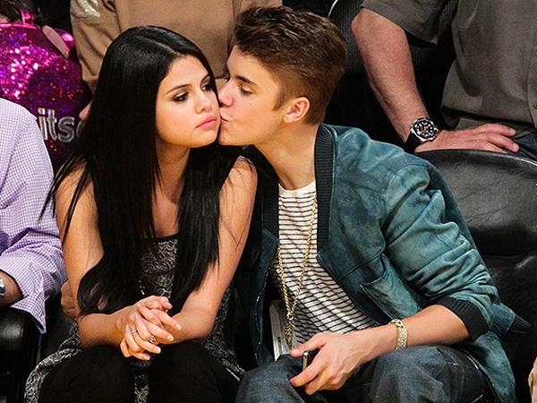 Selena Gomez Akan Curhat Soal Justin Bieber Lewat Lagu Barunya?