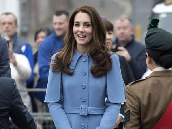 Bertemu Bayi Ganteng di Irlandia, Kate Middleton Ungkap Keinginan Tambah Anak