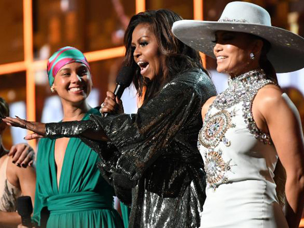 Kehadiran Michelle Obama Kejutkan Penonton di Grammy Awards 2019!