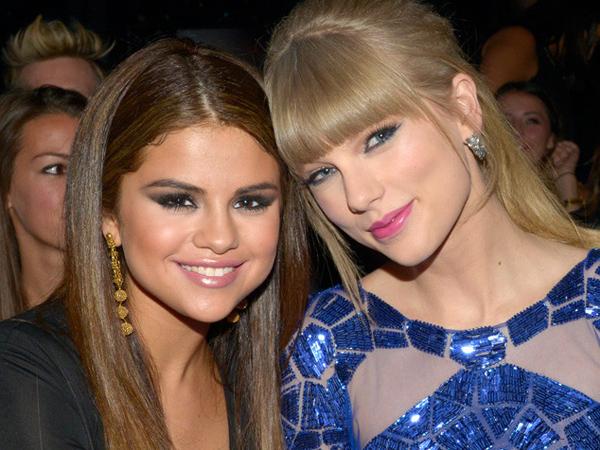 Apa Sih yang Dibicarakan oleh Selena Gomez dan Taylor Swift Saat Sedang Berdua?