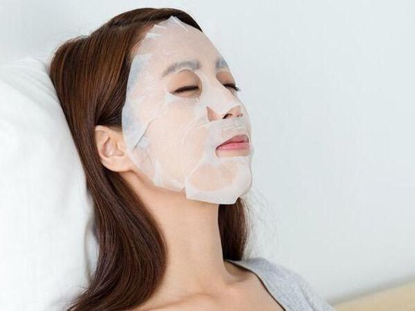 Sheet Mask Aman Digunakan Setiap Hari, Mitos atau Fakta?