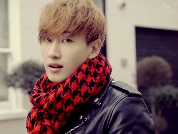 Selamatkan Fotografer dari Bahaya, Eunhyuk Super Junior Dibanjiri Pujian