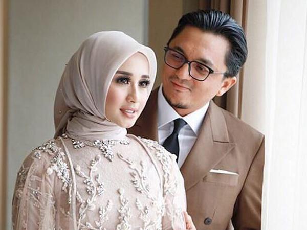 Intip Gaya Hijab Pengantin dan Makeup Laudya Cynthia Bella di Resepsi Pernikahan Kedua